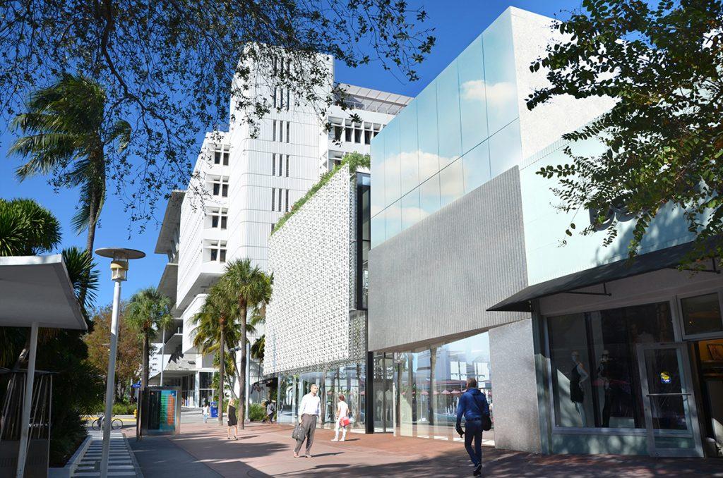Miami-Lincoln_Road_3